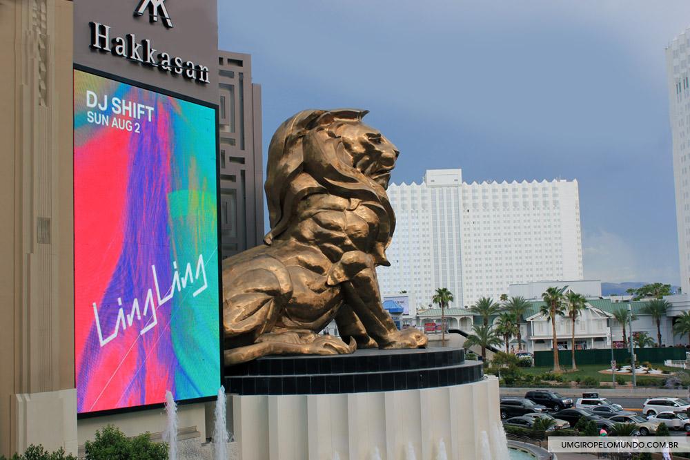 Estátua de leão da MGM Grand.